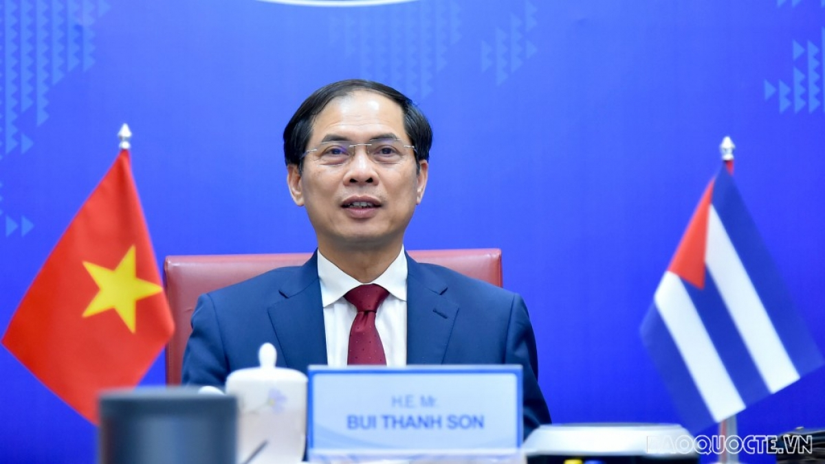 Vietnamese Deputy Minister of Foreign Affairs Bui Thanh Son attends the 6th Vietnam -Cuba Political Consultation (Photo: baoquocte.vn)