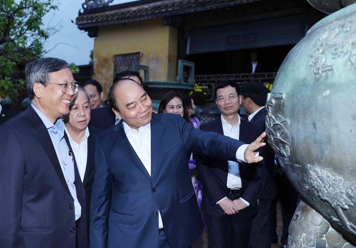 Thủ tướng Nguyễn Xuân Phúc thăm Quần thể Di tích cố đô Huế