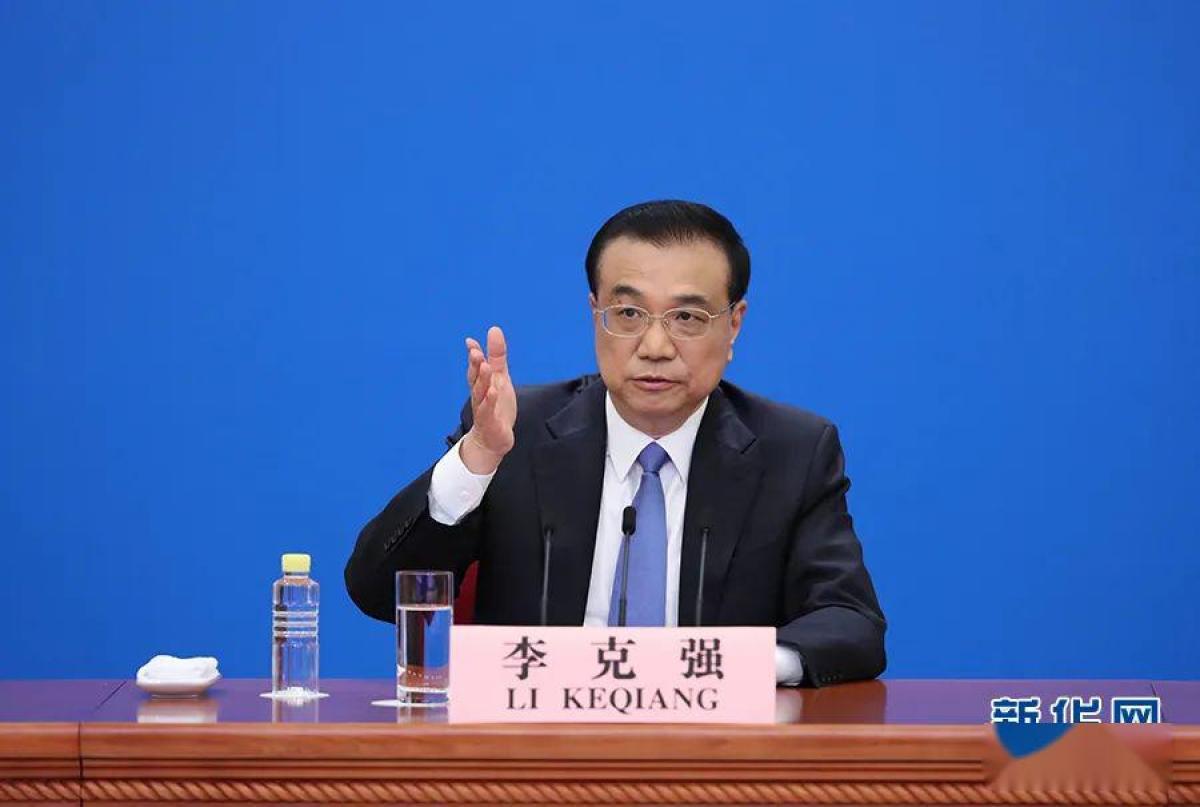 Thủ tướng Trung Quốc tại cuộc họp báo. Ảnh: Tân Hoa Xã.