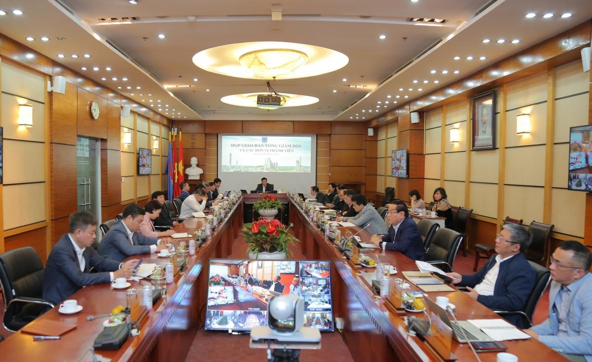 Toàn cảnh họp giao ban lãnh đạo Petrovietnam và lãnh đạo các đơn vị thành viên.