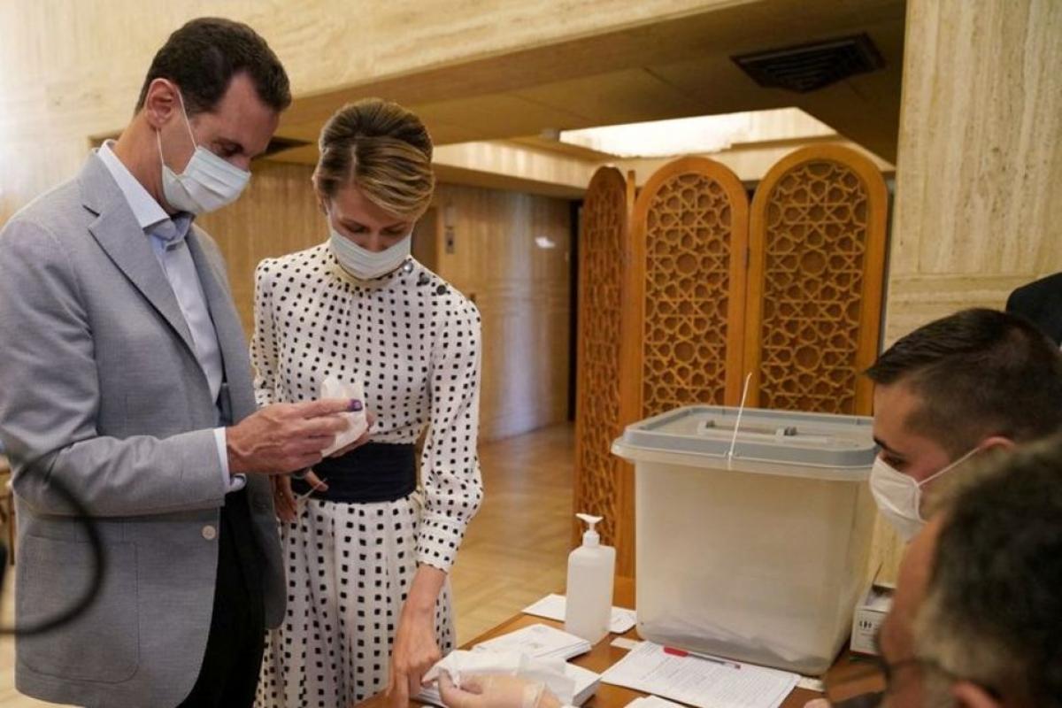 Tổng thống Syria Bashar al-Assad và phu nhân mắc Covid-19. Ảnh: Reuters.