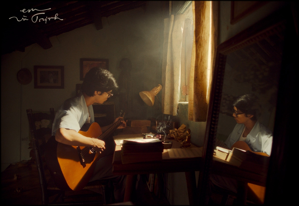 Alvin Lu trong tạo hình nhạc sĩ Trịnh Công Sơn thời trẻ.