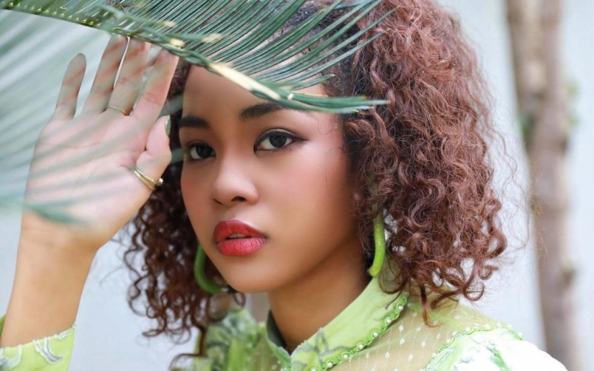 Trung Phi Phi cũng là một ngôi sao truyền hình thực tế tại Trung Quốc (ảnh do nhân vật cung cấp).