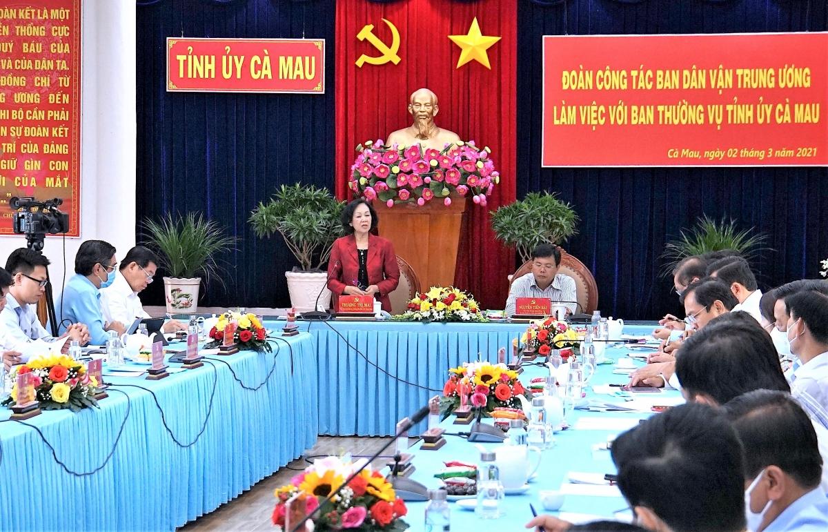 Bà Trương Thị Mai phát biểu trong buổi làm việc.