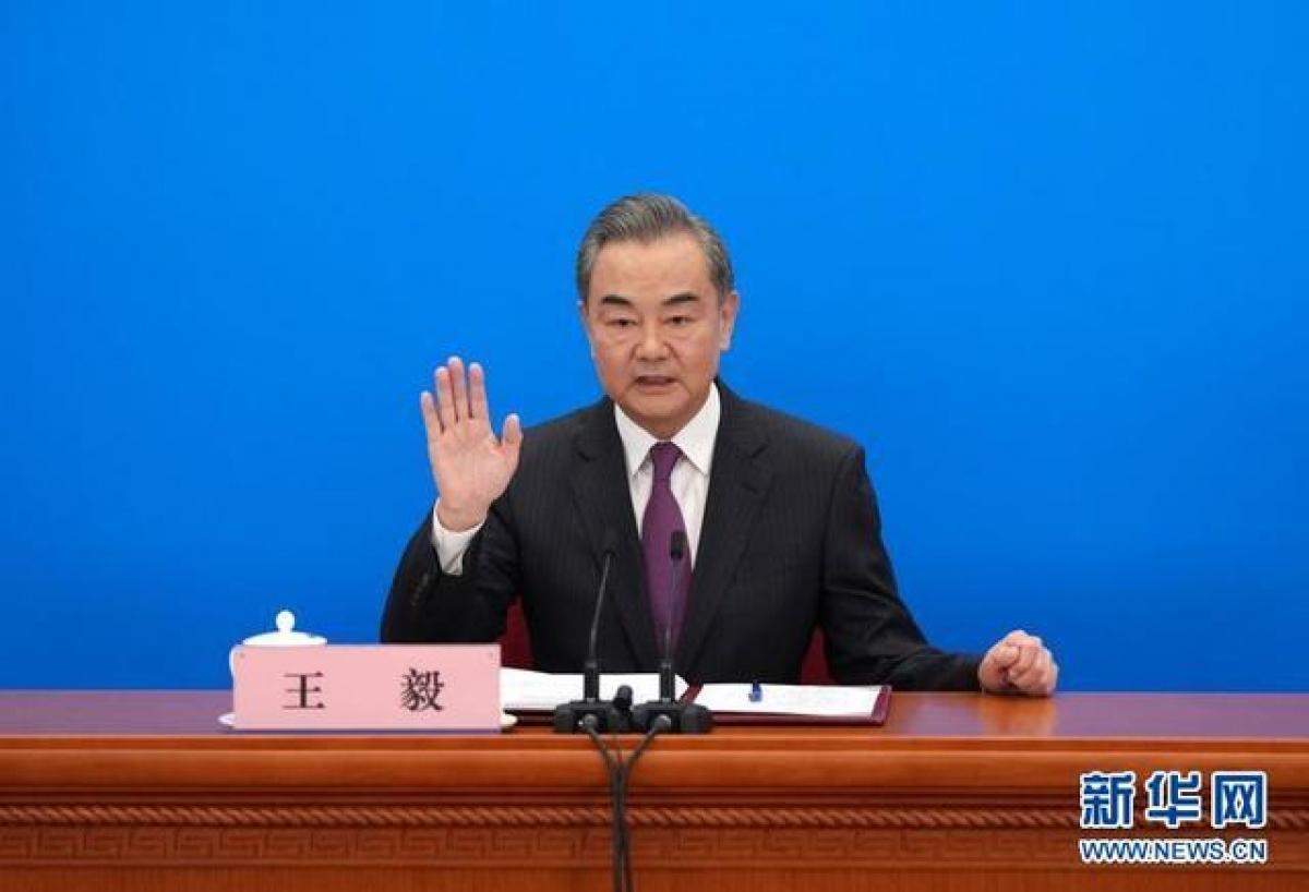 Ngoại trưởng Trung Quốc Vương Nghị phát biểu tại cuộc họp báo. Ảnh: Tân Hoa Xã