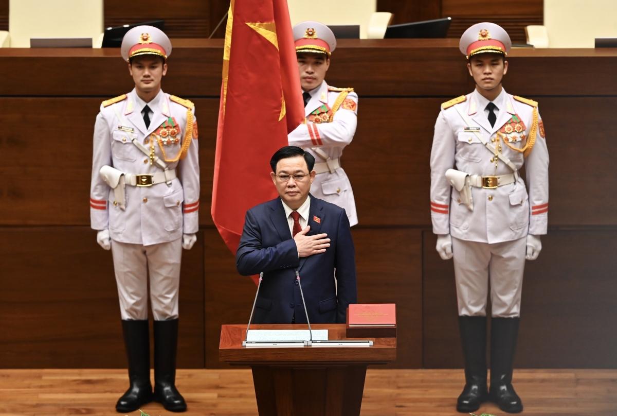 Chủ tịch Quốc hội Vương Đình Huệ tuyên thệ nhậm chức.