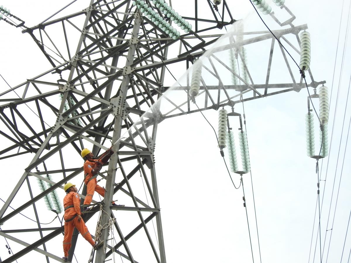Tổng công ty Điện lực miền Bắc sẽ đảm bảo cung cấp điện ổn định phục vụ các hoạt động trong dịp lễ Giỗ Tổ Hùng Vương, lễ 30/4 -1/5.