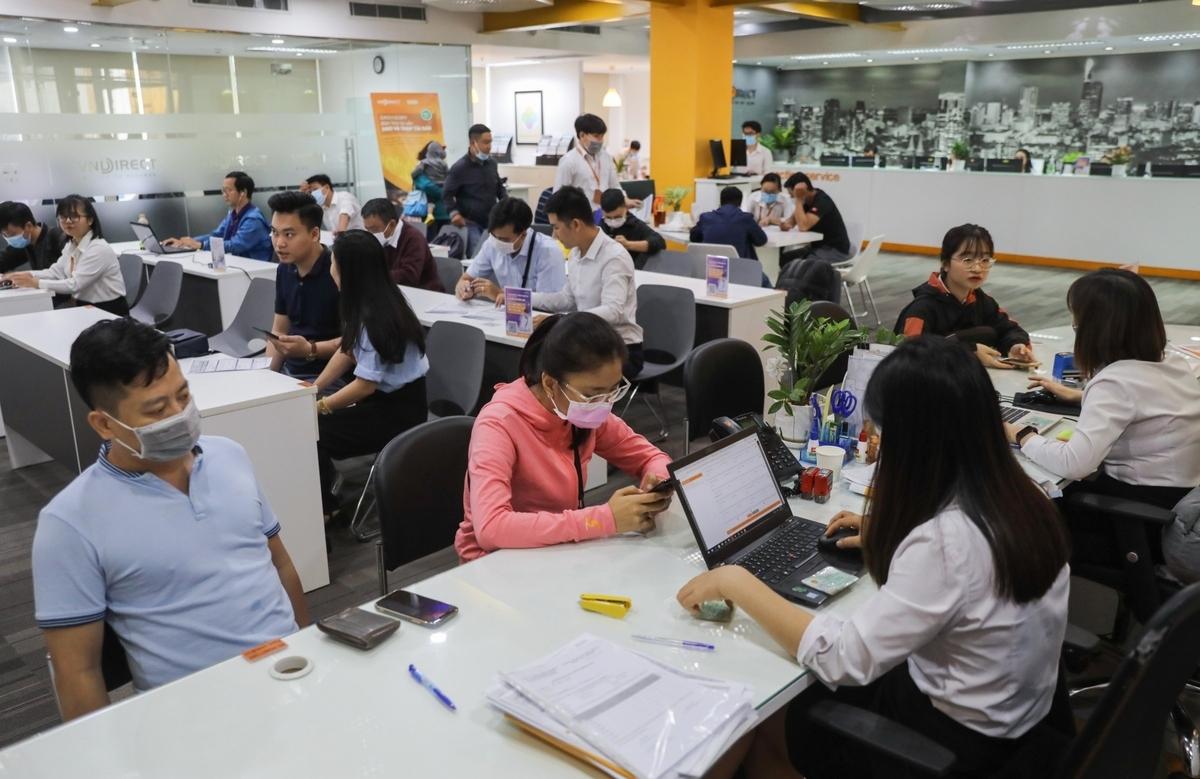 """Mỗi ngày, thị trường chứng khoán Việt đón thêm hàng nghìn """"nhà đầu tư F0"""". (Ảnh minh họa: KT)"""