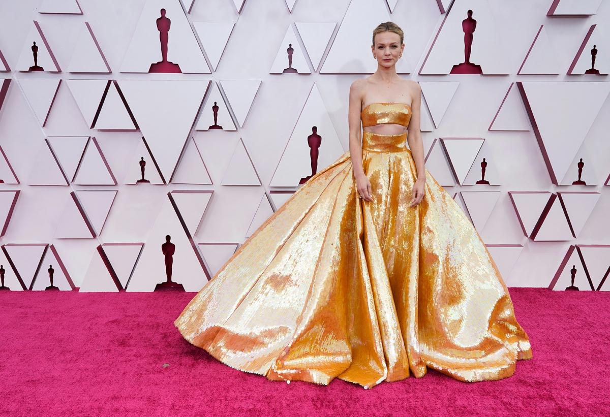 """Carey Mulligan hiện là ứng cử viên sáng giá giải Oscar 2021 hạng mục Nữ diễn viên chính xuất sắc với vai diễn Cassie trong phim """"Promising young woman"""" của nữ đạo diễn Emerald Fennell."""