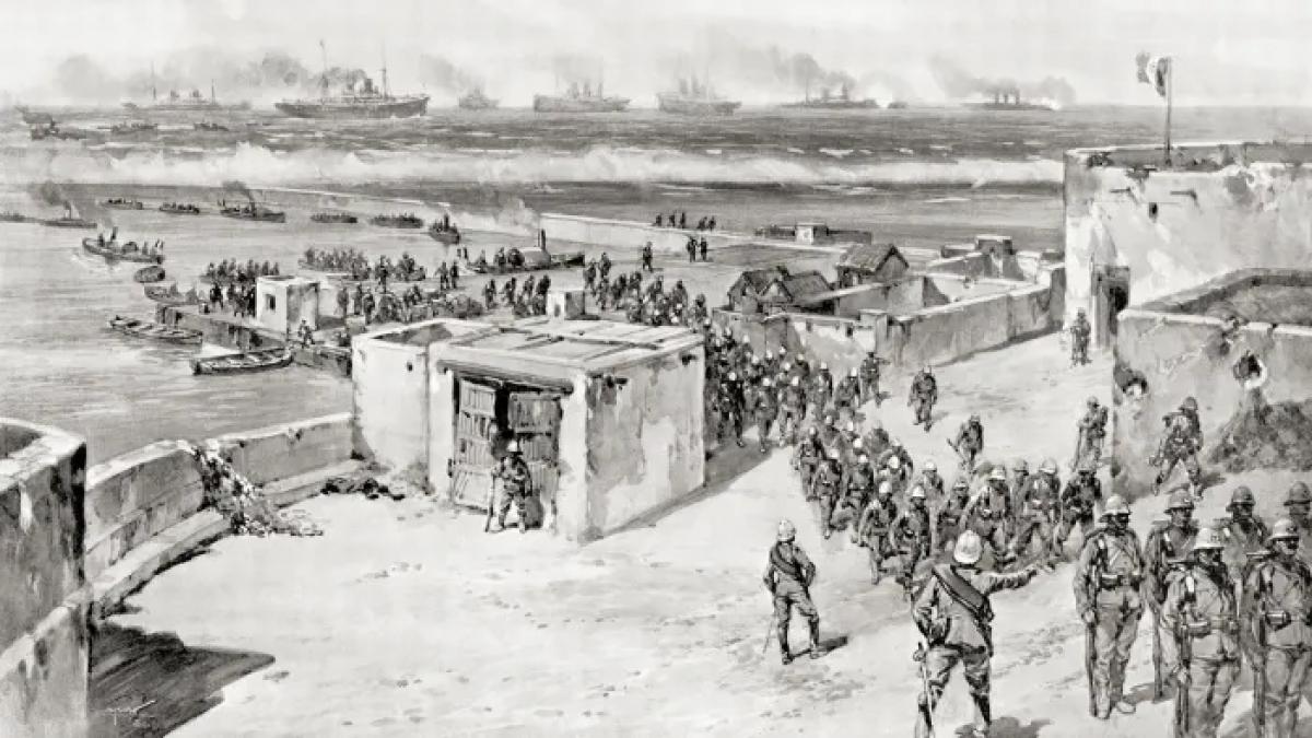 Chính phủ Italy tuyên chiến với Thổ Nhĩ Kỳ vào năm 1911 vì nước này từ chối cho phép Italy chiếm đóng quân sự ở Tripoli. Quân đội Italy đổ bộ sau trận pháo kích ở Benghazi. Ảnh: Getty Images