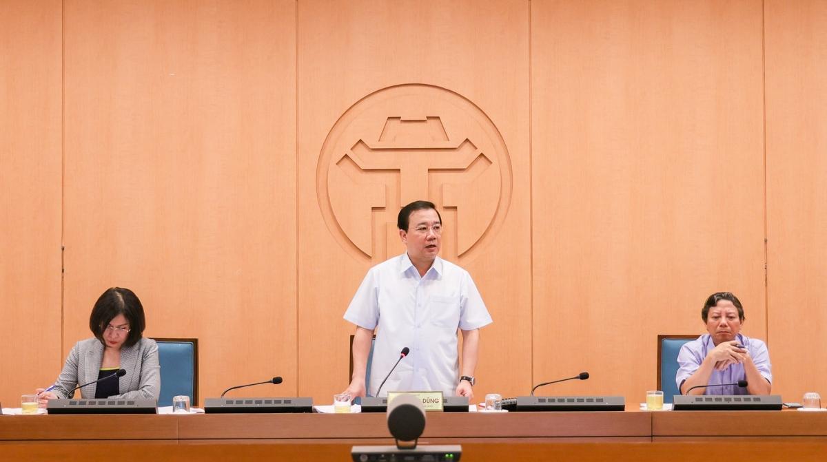 Phó Chủ tịch UBND TP Chử Xuân Dũng yêu cầu các đơn vị phải đẩy nhanh tốc độ truy vết và xét nghiệm để sớm khống chế dịch bệnh.