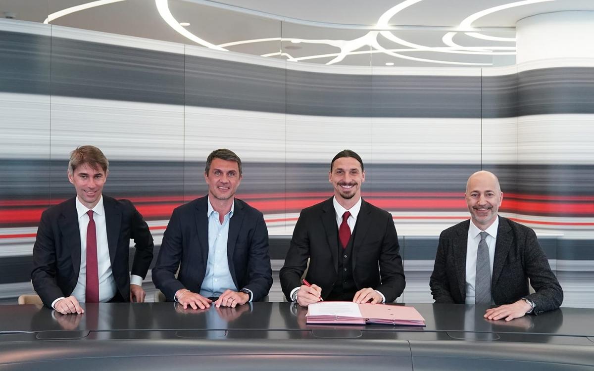 Ibrahimovic gia hạn hợp đồng với Milan đến hết tháng 6/2022. (Ảnh: AC Milan).