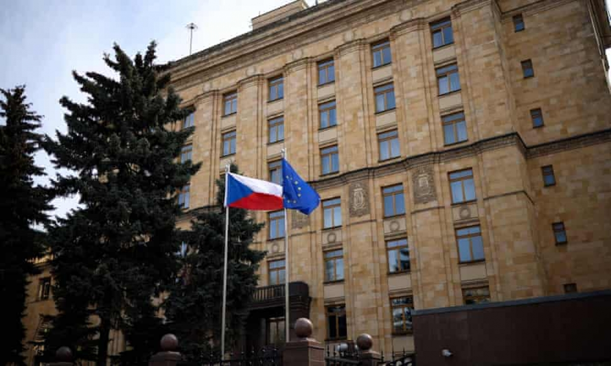 Đại sứ quán Séc tại Nga.