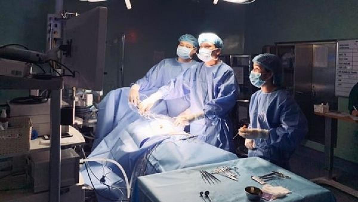Ca phẫu thuật của bé K. (Ảnh do Bệnh viện cung cấp)