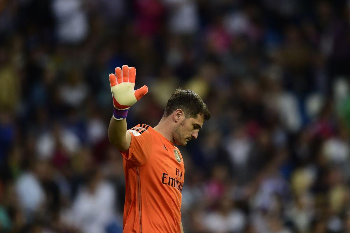 Thủ môn: Iker Casillas (Real Madrid)