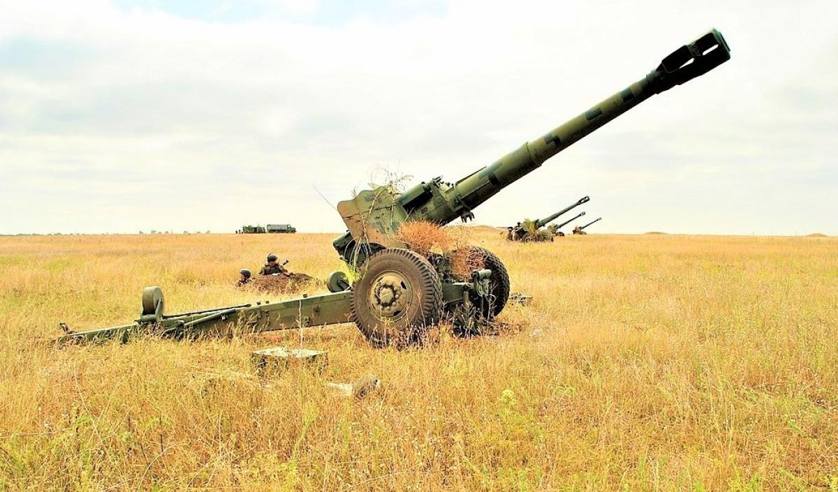 Trong trang bị Quân đội Nga có số lượng đáng kể pháo xe kéo, đại bác và súng cối. Nguồn: wikipedia.org