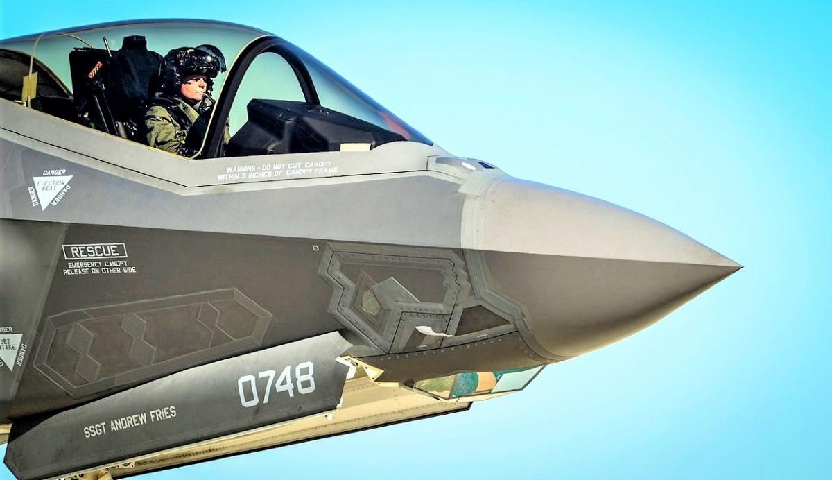 Tàng hình cơ thế hệ năm F-35A đang được thử nghiệm với các nhiệm vụ mới giữa đồn thổi về các khiếm khuyết; Nguồn: wikipedia.org