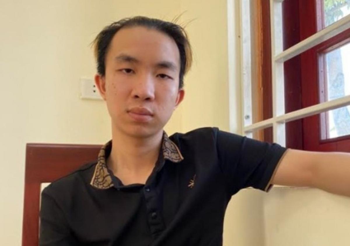 """Lô Long Trường con trai của Huyền """"Vila"""" bị bắt khi đang lẩn trốn tại TP Hồ Chí Minh."""