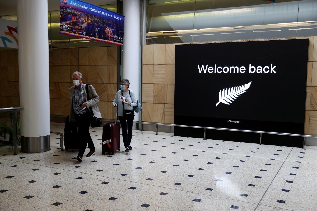 """Du khách New Zealand tới Australia theo chương trình """"bong bóng du lịch"""" hồi tháng 10/2020. Nguồn: Reuters."""