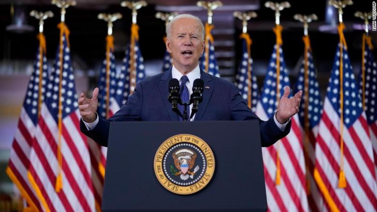 Tổng thống Joe Biden phát biểu tại thành phố Pittsburgh, bang Pennsylvania hôm 31/3. Ảnh: CNN