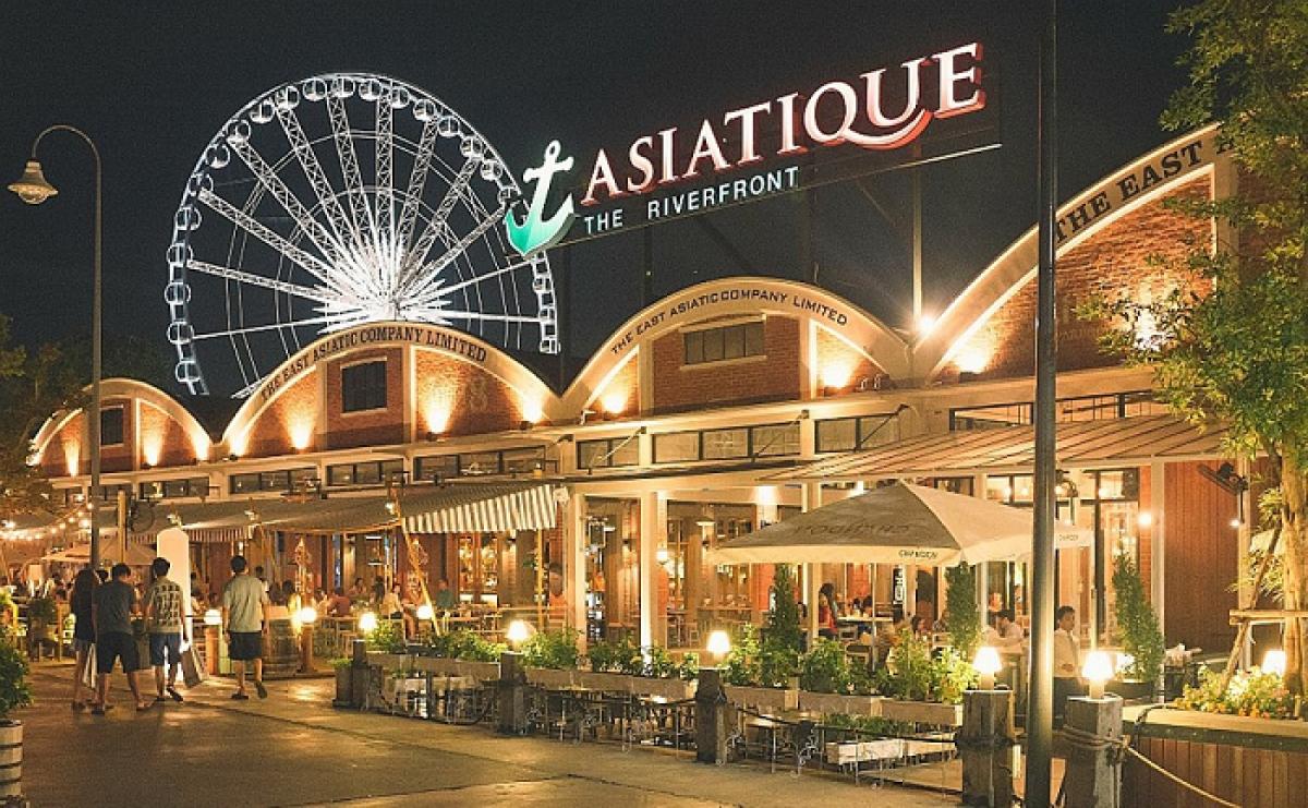 """Chợ đêm Asiatique là """"biểu tượng"""" du lịch bán lẻ của Thái Lan. (Ảnh: Bangkok Tourism Hub)"""