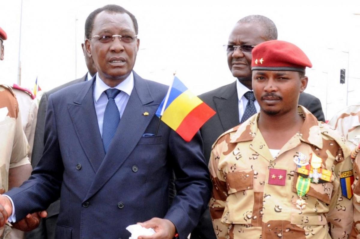 Cố Tổng thống Chad và con trai. Ảnh: AFP.