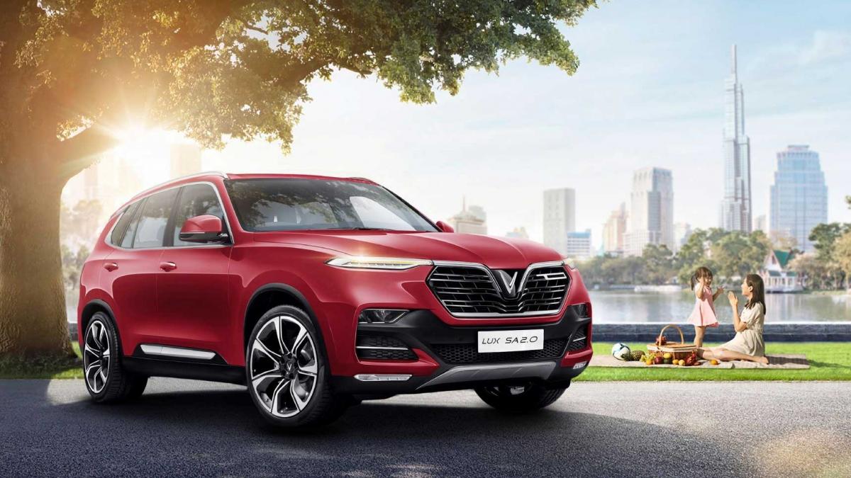 VinFast Lux SA2.0 là mẫu xe được yêu thích nhất trong tổng số 15 xe được chọn ra, với 6.685 lượt bình chọn, chiếm tỷ lệ 41%.