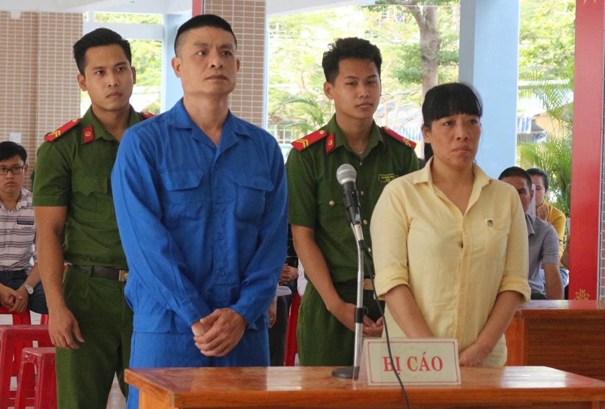2 bị cáo tại phiên tòa.