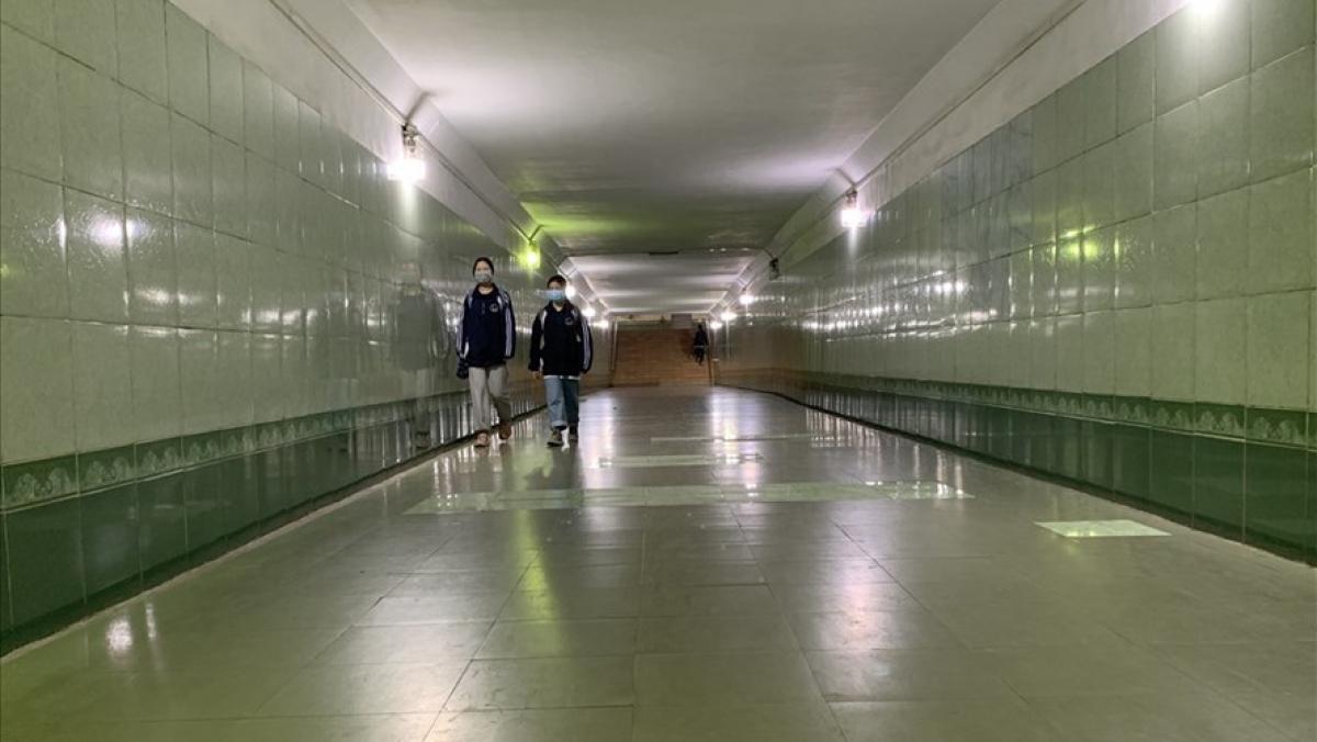 Hầm đường bộ của Hà Nội chưa phát huy được khả năng kết nối với các khu vực thương mại, dịch vụ. (Ảnh: KT)