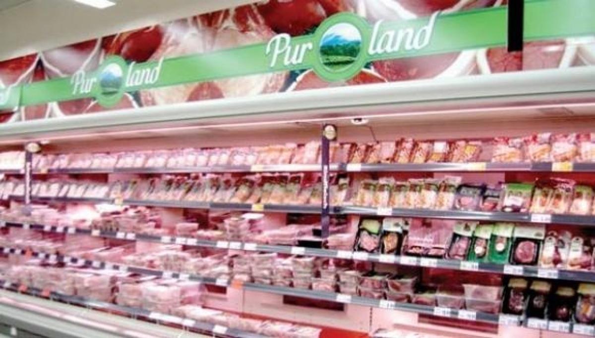 Một gian hàng bán thực phẩm ở siêu thị châu Âu. Ảnh: Tintucvietduc