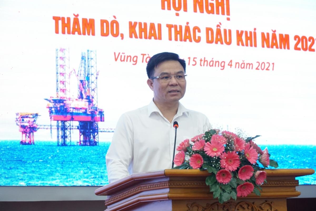 Tổng Giám đốc Petrovietnam Lê Mạnh Hùng phát biểu tại Hội nghị.