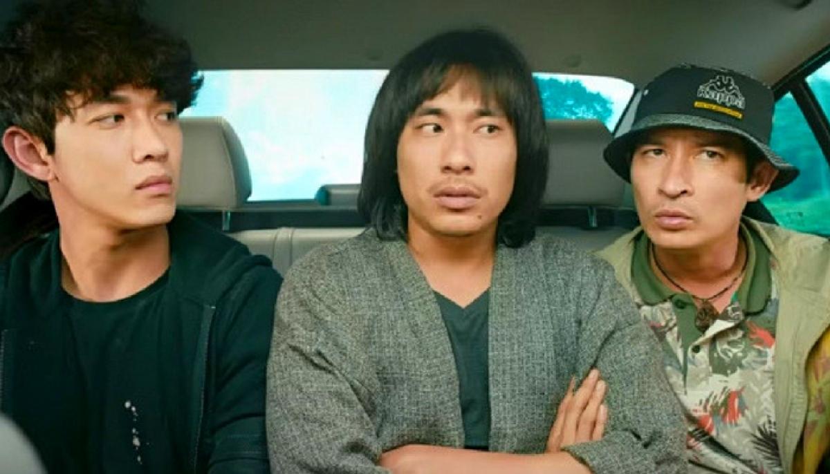 Lật mặt: Ba chàng khuyết