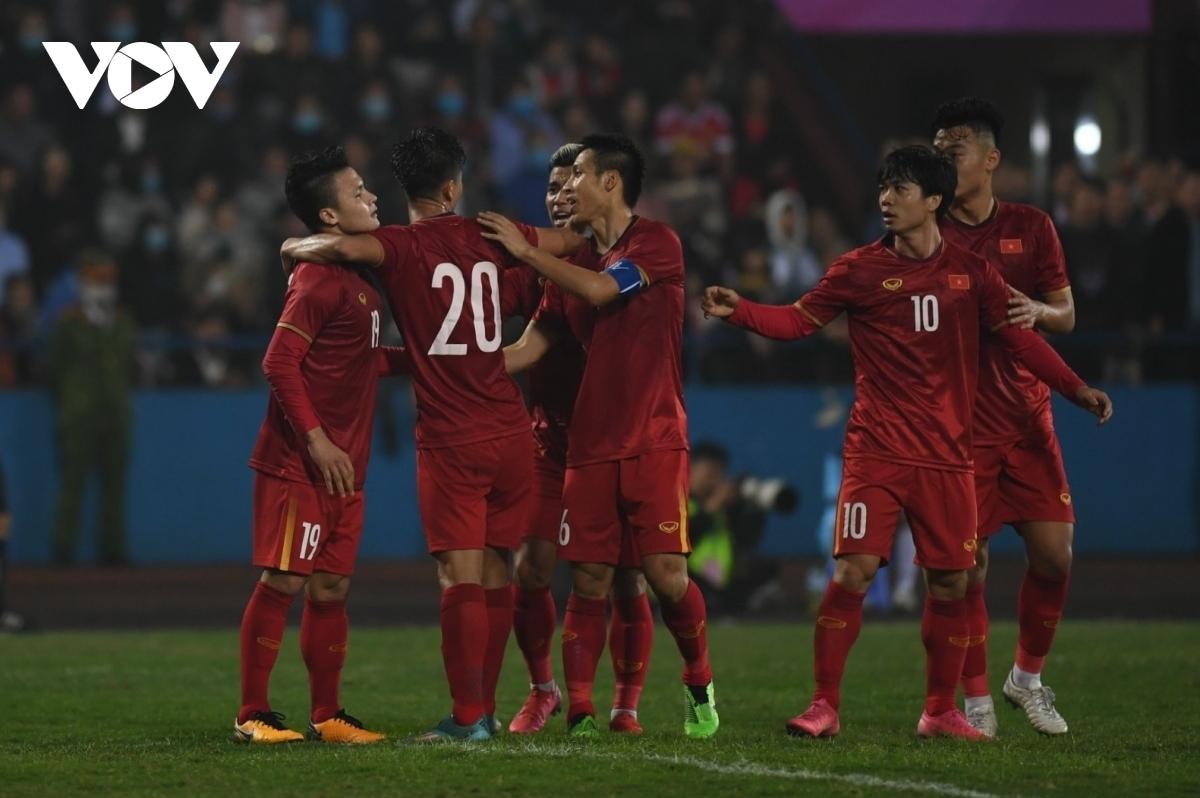 ĐT Việt Nam đang xếp hạng 92 thế giới.
