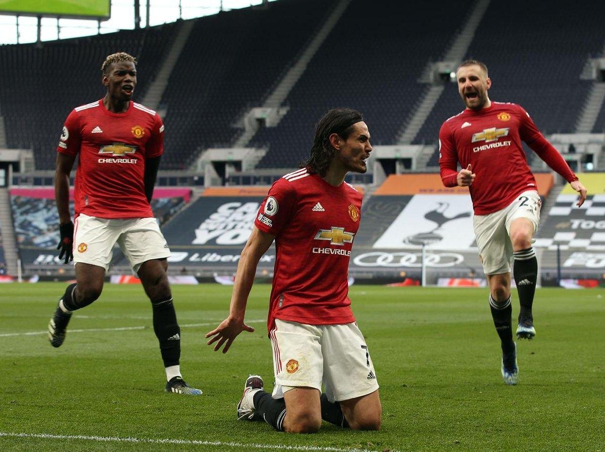 Tuy nhiên, MU vẫn lội ngược dòng để đánh bại Tottenham nhờ hiệp 2 bùng nổ.