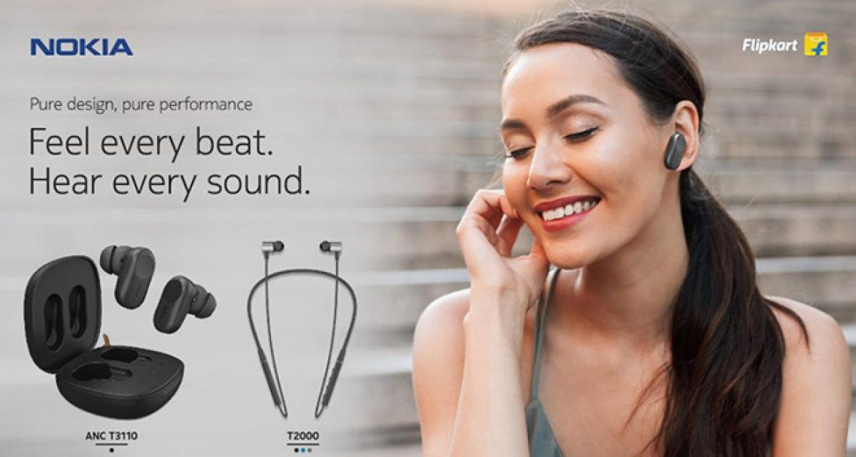 Bộ đôi tai nghe được bán trên Flipkart.