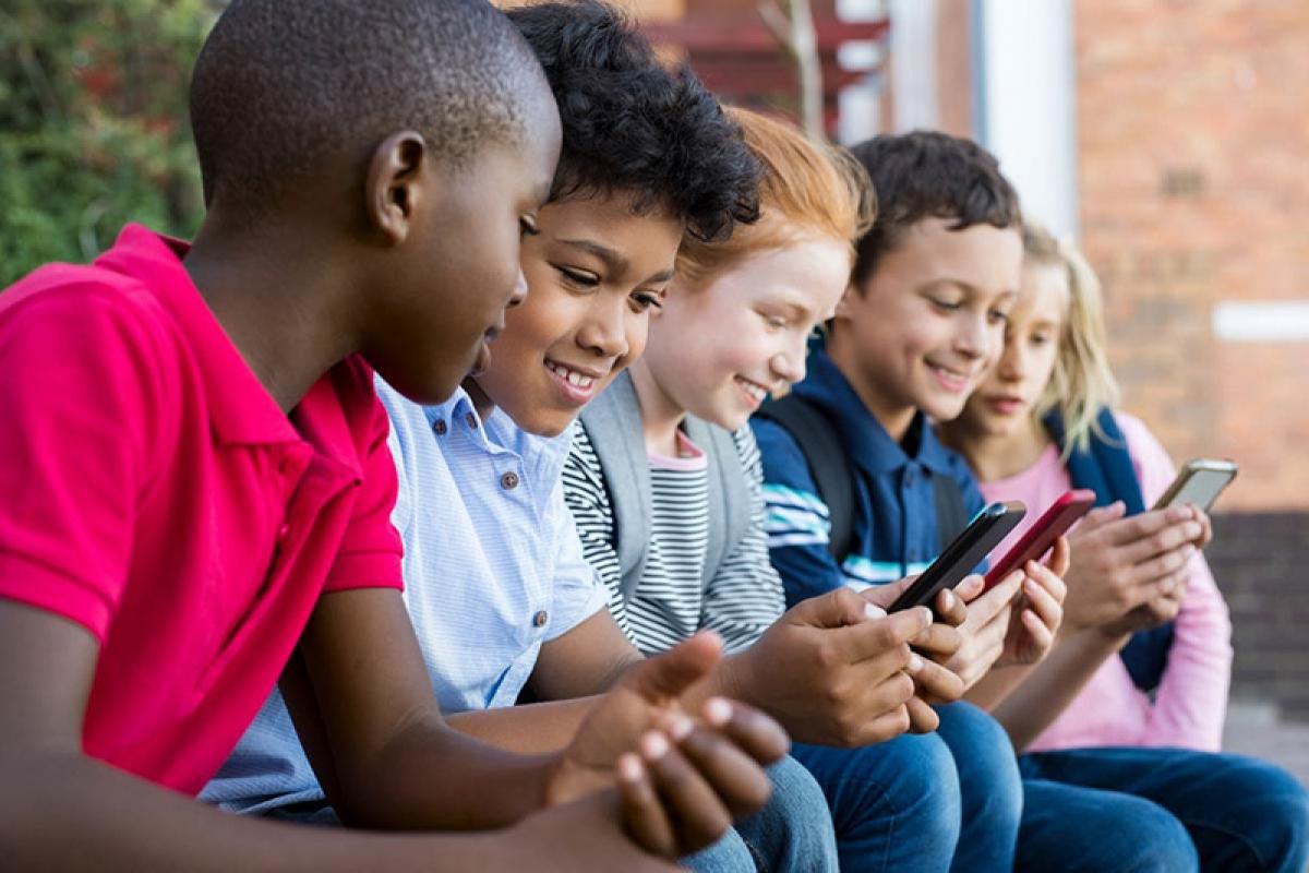 Gần 9/10 thanh thiếu niên Mỹ chọn iPhone.
