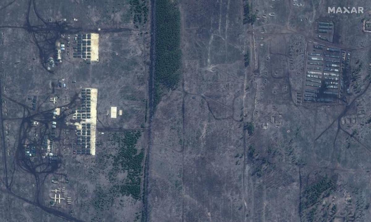 Ảnh chụp thao trường Pogorovo, gần Voronezh của Nga ngày 10/4.