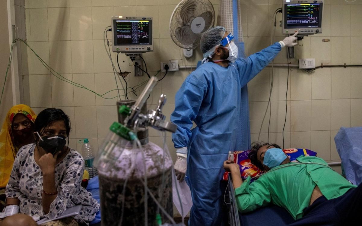 Bệnh viện Ấn Độ thời Covid-19. Ảnh: Reuters.