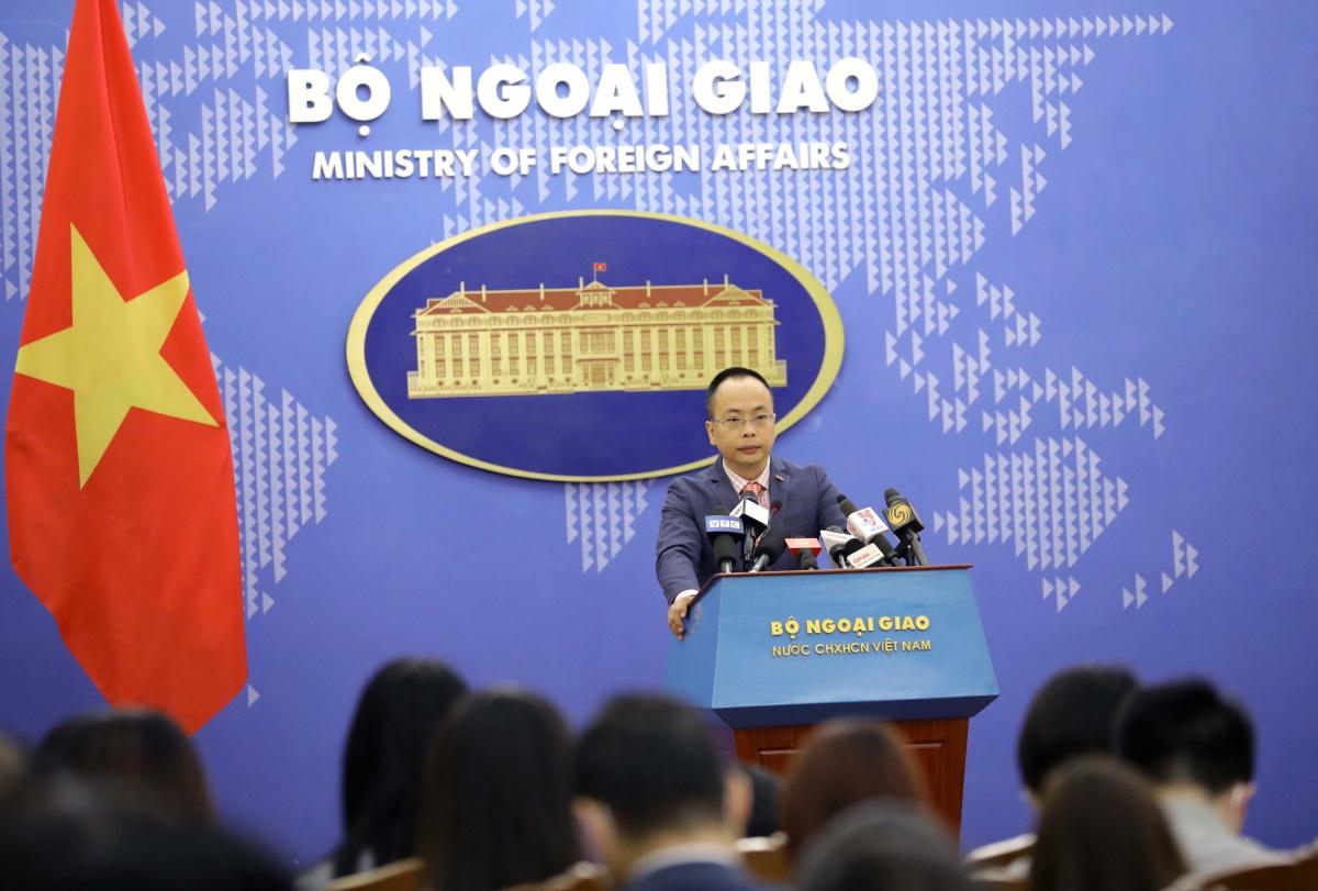 Phó phát ngôn Bộ Ngoại giao Đoàn Khắc Việt.