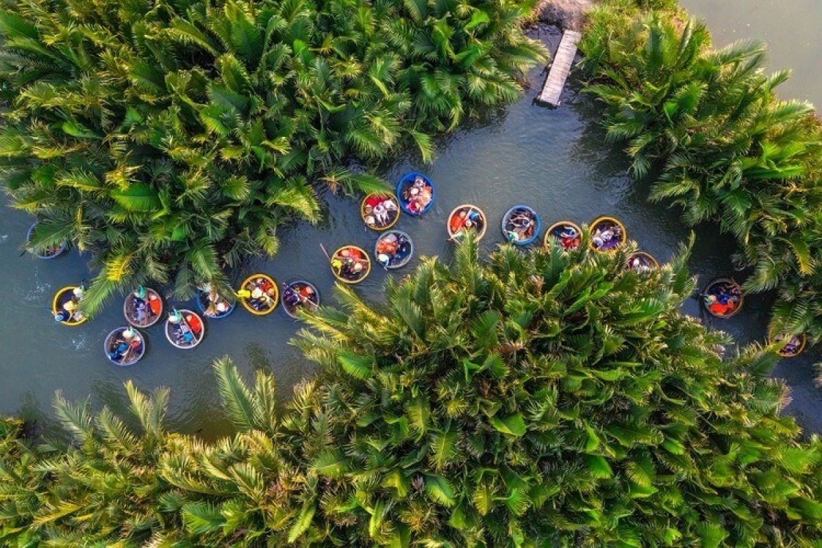 Hoi An ancient town is a suitable destination forretirees in Vietnam. Photo: Hoi An Green