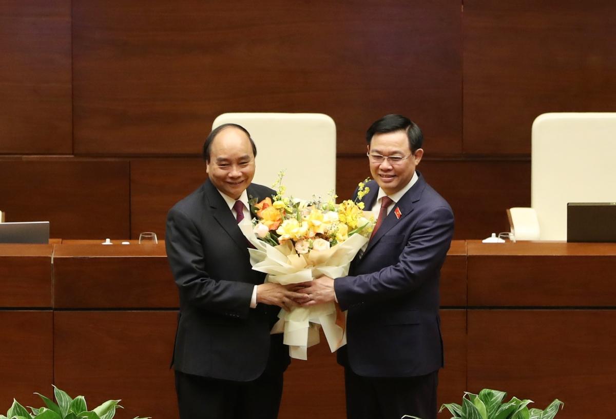 Quốc hội chính thức miễn nhiệm Thủ tướng Chính phủ Nguyễn Xuân Phúc.