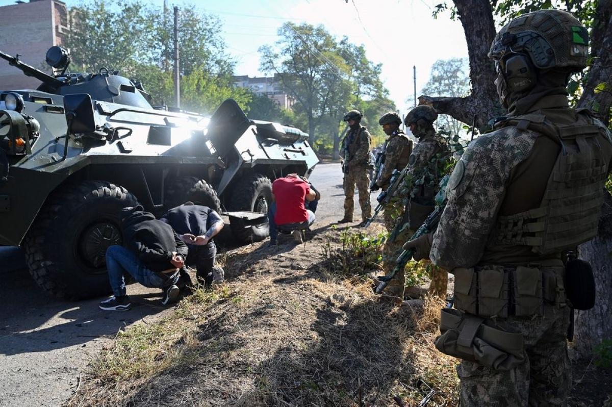 Quân đội Ukraine tập trận chống khủng bố ở Slavyansk, miền đông Ukraine vào ngày 13/10/2020. Ảnh: Getty