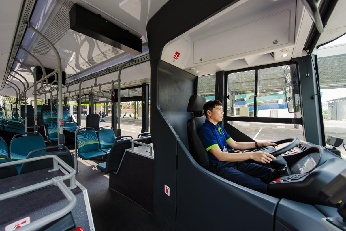 Không gian bên trong của xe Vinbus