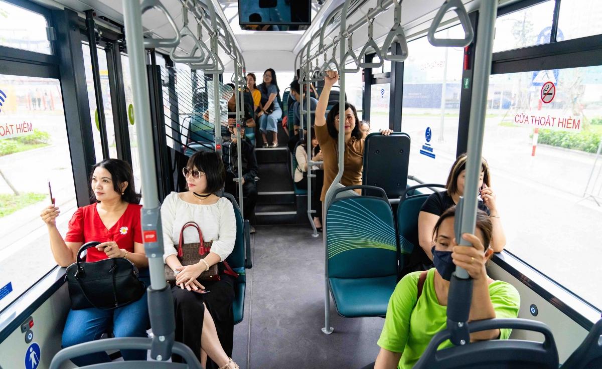 Xe buýt điện VinBus khi đi vào vận hành được kỳ vọng sẽ góp phần thay đổi định kiến của nhiều hành khách với phương tiện công cộng.