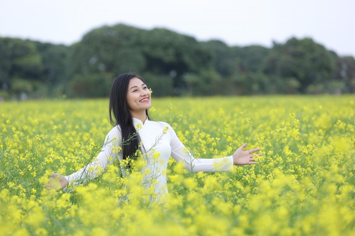 Lê Minh Ngọc.