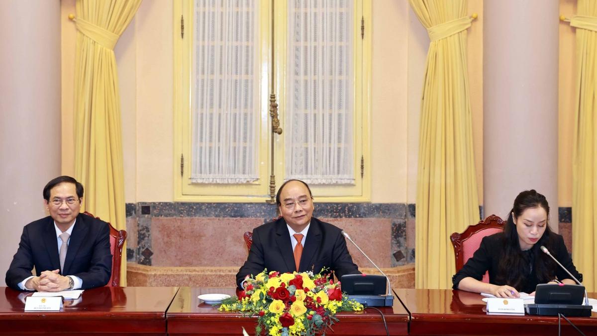 Chủ tịch nước Nguyễn Xuân Phúc tiếp Đại sứ, Đại biện ASEAN.