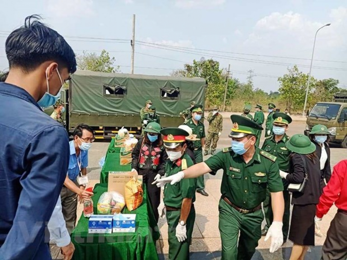 The relief aid is contributed by agencies and organisations in Vietnam's provinces bordering Cambodia like Binh Phuoc, Dong Nai, An Giang and Dong Thap.