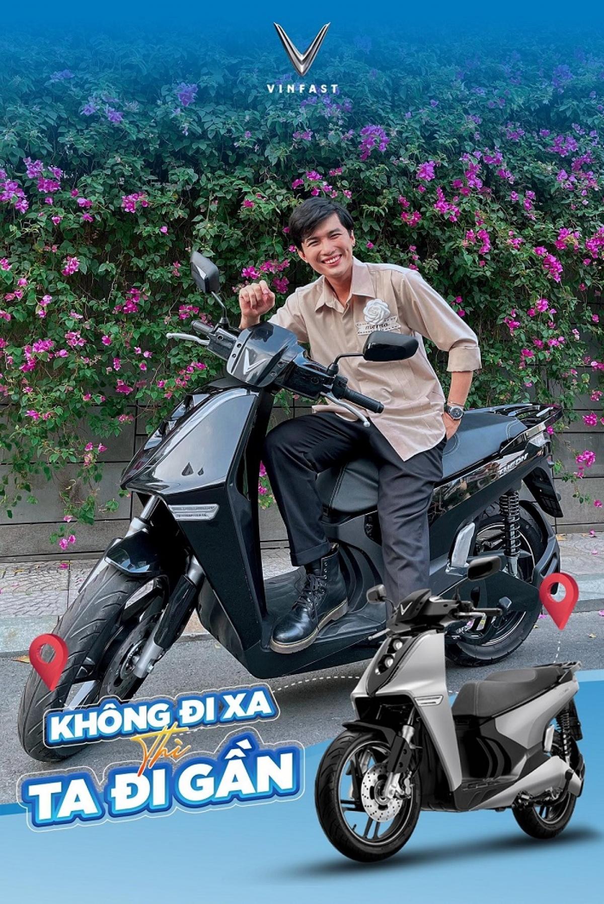 Travel Blogger Tô Đi Đâu trẻ trung bên chiếc Thenon – mẫu xe máy điện mới nhất của gia đình VinFast