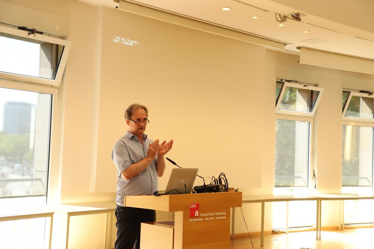 Giáo sư Thomas Engelbert – Đại học Tổng hợp Hamburg