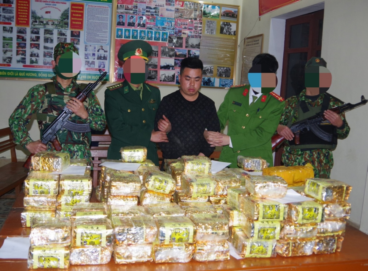 Đối tượng cùng tang vật 115kg ma túy do lực lượng đánh án bắt giữ ngày 21/1.
